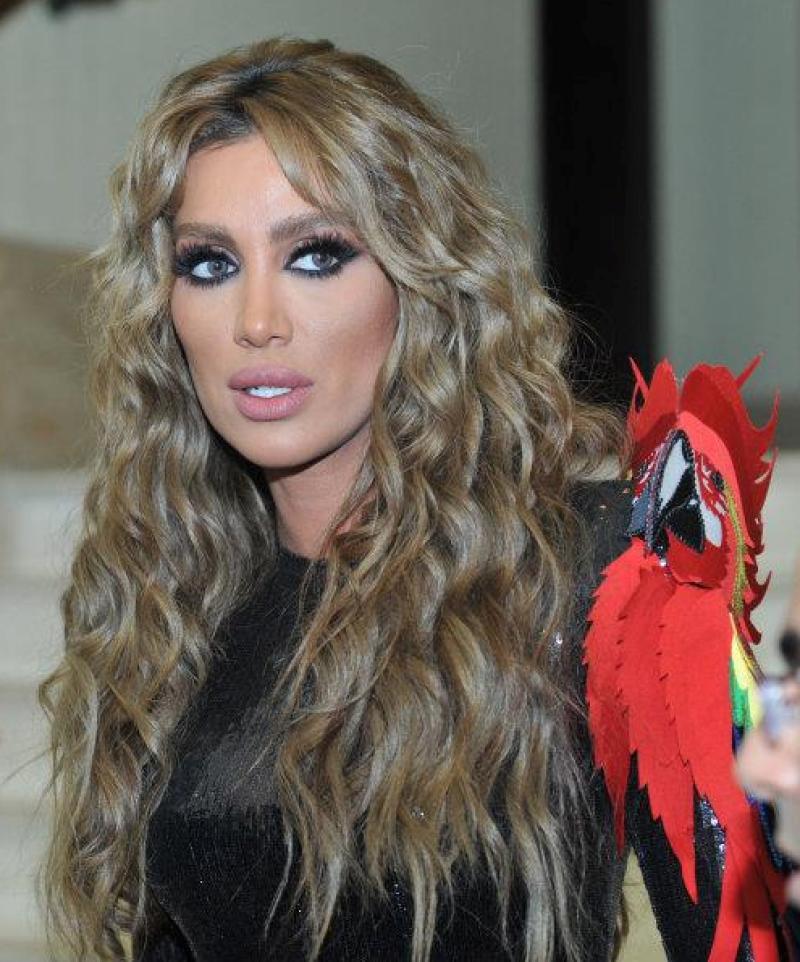 كيف تطبقين صبغة الشعر الزيتي أنوثة Ounousa موقع الموضة والجمال للمرأة العربية