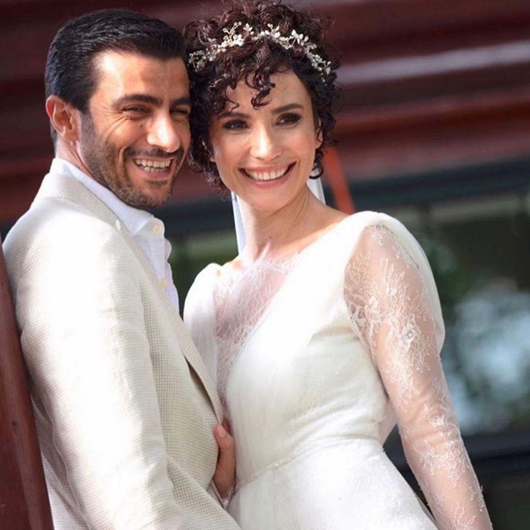 سونجول أودان تحتفل بزفافها- أنوثة