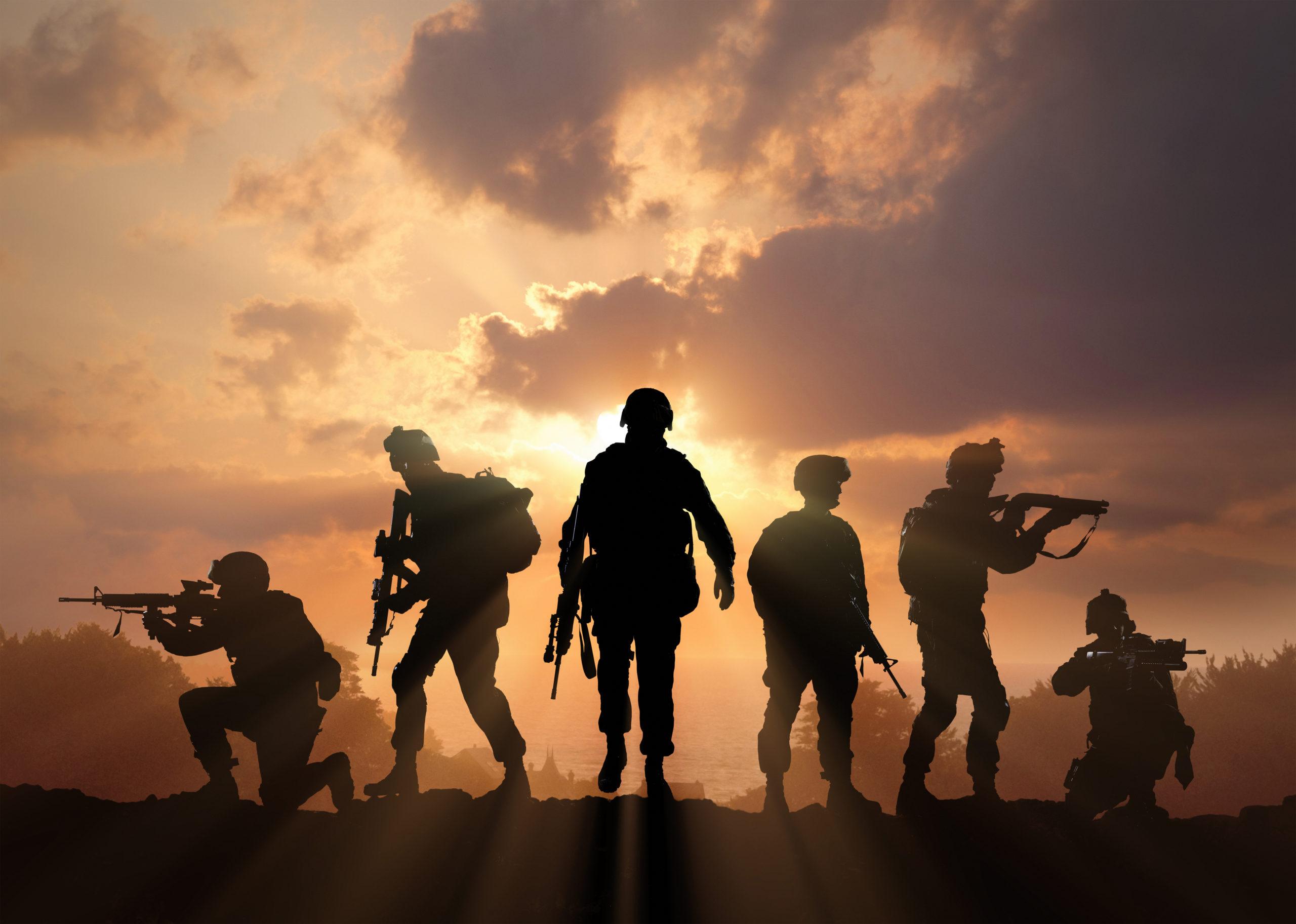 الجيش في المنام – أنوثة