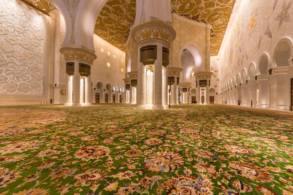 سجادة جامع الشيخ زايد الكبير