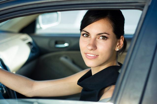قيادة السيارة في الحلم ترمز إلى الشخصية القيادية! - أنوثة - Ounousa | موقع  الموضة والجمال للمرأة العربية