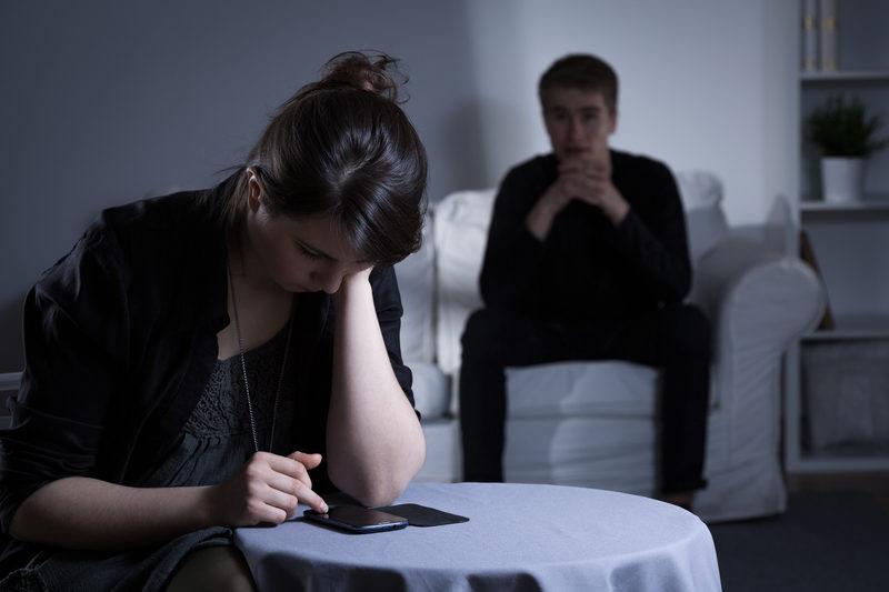 التعامل مع الزوجة الصامتة
