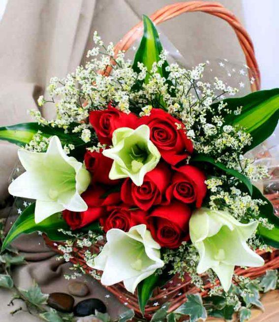 أفكار مميزة لتقديم باقات الورد أنوثة Ounousa موقع الموضة والجمال للمرأة العربية