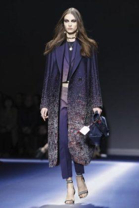 أزياء فيرساتشي Versace لخريف وشتاء 2017 - 2018