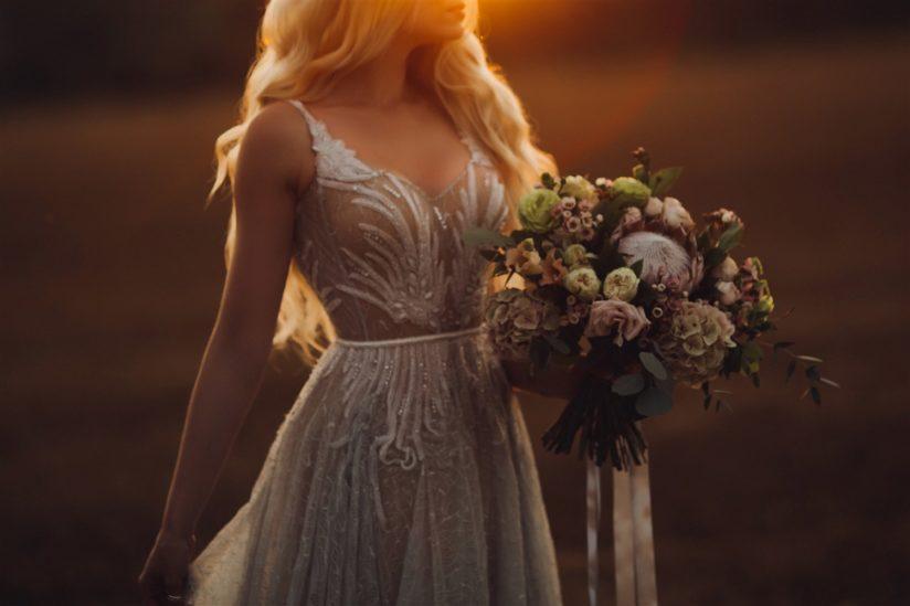 ألوان فساتين زفاف ربيع 2020 – أنوثة