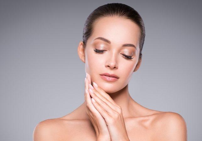 نصائح مهمة للحدّ من جفاف بشرتك تجدينها في الموضوع التالي من أنوثة