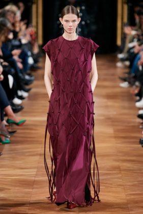 أزياء ستيلا مكارتني خريف وشتاء 2020 ضمن أسبوع الموضة العالمية في باريس