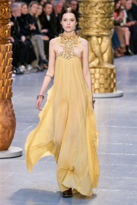 أزياء كلوي خريف وشتاء 2020 ضمن أسبوع الموضة العالمية في باريس