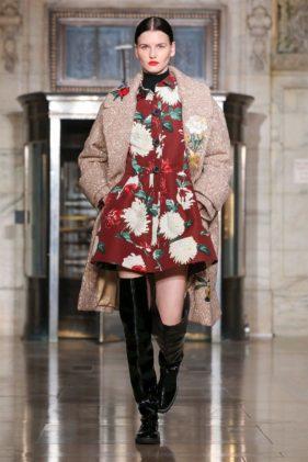 ازياء اوسكار دي لا رينتا خريف وشتاء 2020 ضمن اسبوع الموضة العالمية في نيويورك