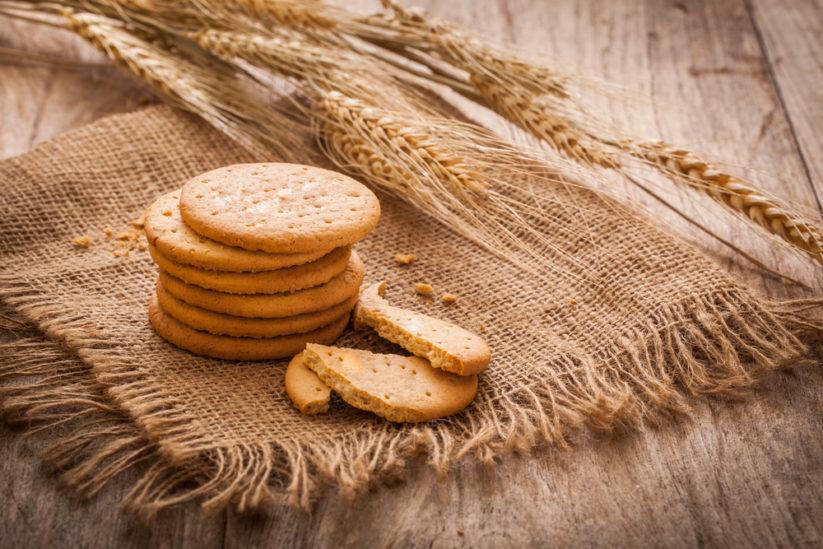 بسكويت الزبدة من الحلويات الخفيفة والشهية التي يمكن تحضيرها بسهولة في المنزل