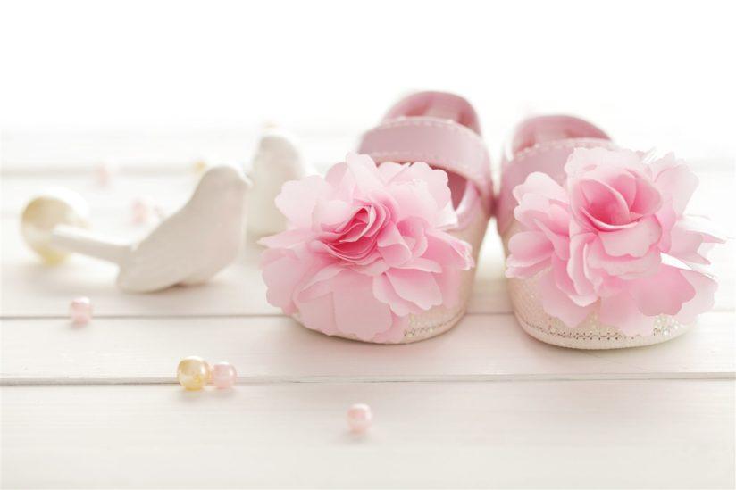 تفسير حلم حذاء طفل رضيع – أنوثة