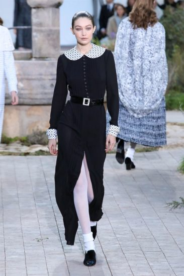 أزياء شانيل ربيع وصيف 2020 ضمن اسبوع الموضة العالمية في باريس