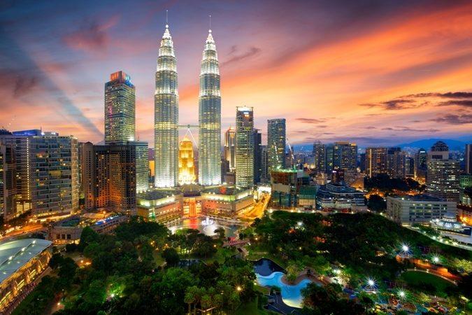 ماليزيا هل هي غالية - أنوثة
