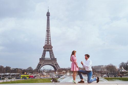 لهذه الأسباب توِّجت باريس مدينة للحب والعشق!