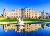 <strong>فيينا - النمسا<br /> Vienna - Austria<br /><br /> </strong>تشتهر العاصمة النمساوية فيينا بهندستها المعمارية الباروكية إضافة إلى مقاهيها الأنيقة ومعالمها السياحية والترفيهية المميزة على غرار دار الأوبرا، وتعتبر من الوجهات السياحية الرومنسية والمناسبة لقضاء شهر العسل.