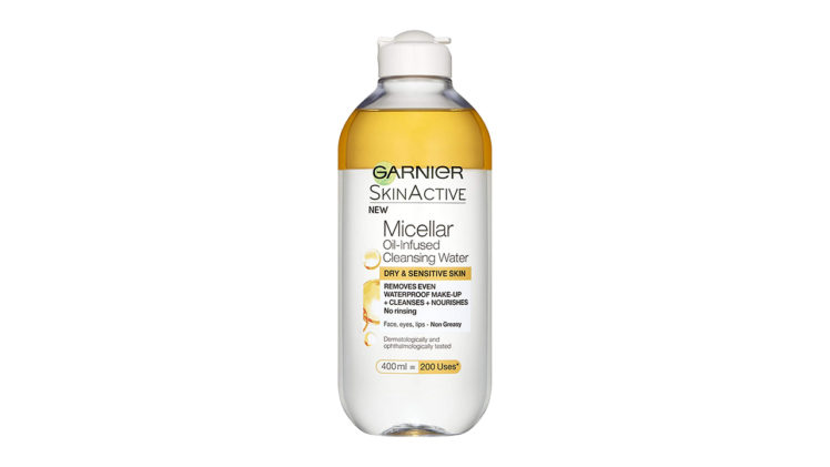 Micellar Cleansing Water with Oil - أنوثة
