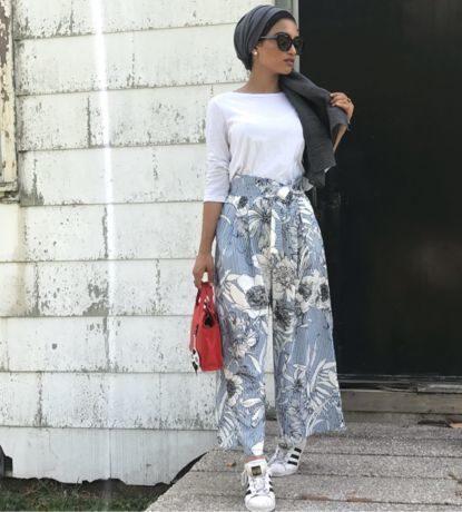 اللقة الجانبية للحجاب تعطيكِ سريعاً لمسة عصرية، وتلائم اطلالاتك التي تتماشى مع الصيحات الرائجة.
