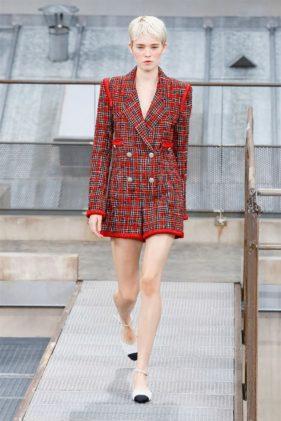 أزياء شانيل ربيع وصيف 2020