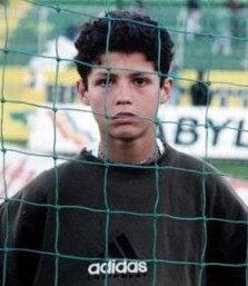 بالصور كيف كان كريستيانو رونالدو في طفولته أنوثة Ounousa موقع الموضة والجمال للمرأة العربية