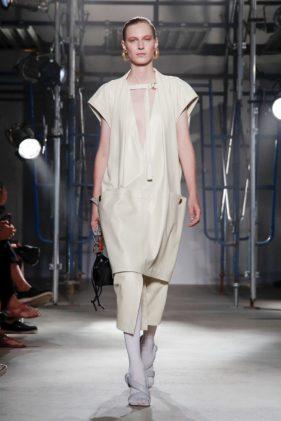 أزياء بروينزا سكولر ربيع وصيف 2020