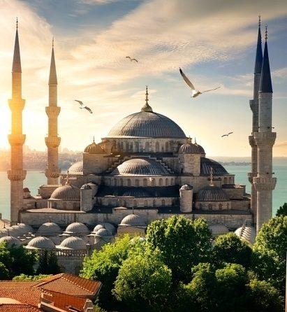 هل السياحة في تركيا غالية - أنوثة