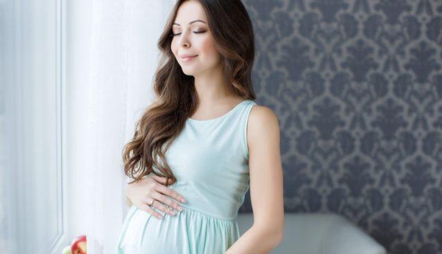حلمت أن صديقتك حامل اكتشفي دلالات هذا المنام أنوثة Ounousa موقع الموضة والجمال للمرأة العربية