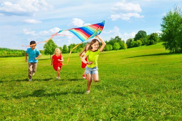 ملل الطفل في العطلة الصيفية – أنوثة