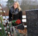 تفسير حلم زيارة المقبرة – أنوثة