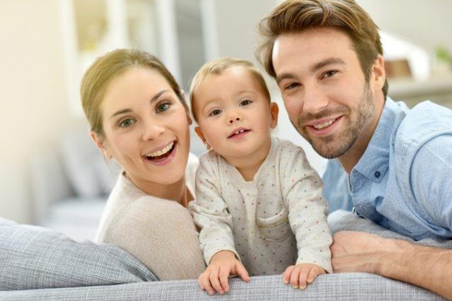 كيف أجعل زوجي يشاركني الإهتمام بأطفالي - أنوثة