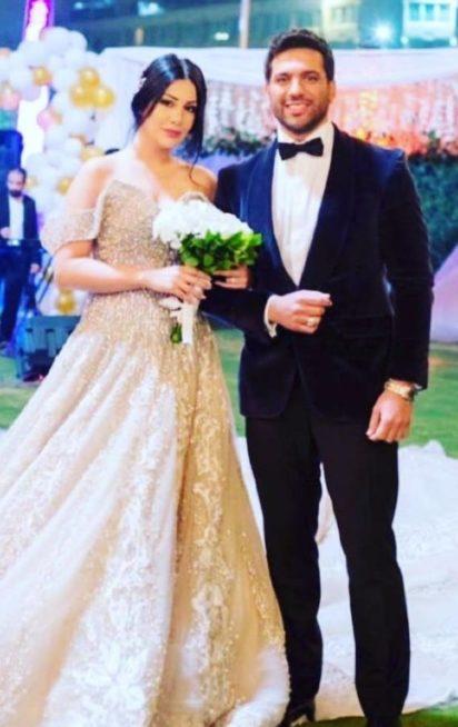 "<p dir=""RTL""><strong>غنوة محمود</strong></p> <p dir=""RTL"">أطلت الممثلة غنوة محمود بفستان زفاف في مسلسل ""الزوجة 18"" الى جانب الممثل المصري حسن الرداد والذي تتناول أحداثه عن رجل متعدد الزيجات.</p>"