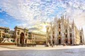 <strong>ميلانو -<span>Milan</span><br /><br /> </strong>تعتبر مدينة ميلانو العنوان الأوّل والأهمّ للتسوق في إيطاليا، وهي تضمّ مجموعة من مراكز التسوق إضافة إلى الأسواق والمتاجر التي تعرض أفخم الماركات العالمية.