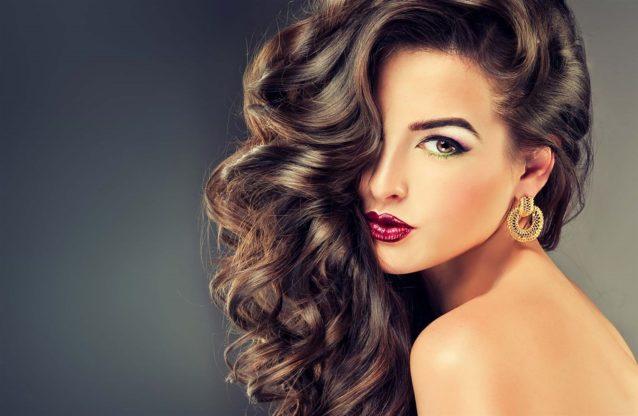 عادات يومية تقوي الشعر
