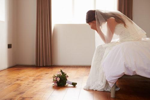 تغلّبي على مشاكل الزفاف المفاجئة مع هذه النصائح!