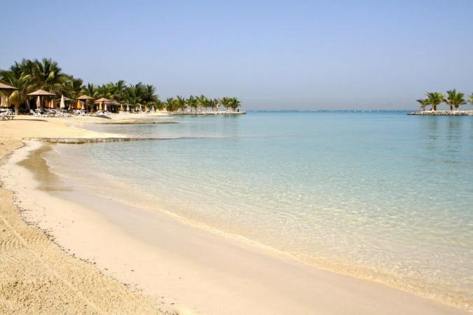 للسباحة في الخليج العربي... هذه هي أفضل الشواطئ! - أنوثة ...
