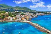 <p><strong>Italy ايطاليا </strong></p> <p>من أجمل الوجهات السياحية الصحية في أوروبا هي ايطاليا التي تتمتع بالكثير من المعالم والمنتجعات المفيدة التي توفر الراحة والاستجمام للسياح.</p>