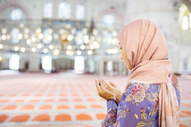 الصلاة في المسجد حلم هكذا يمكنك تفسيره أنوثة Ounousa موقع الموضة والجمال للمرأة العربية
