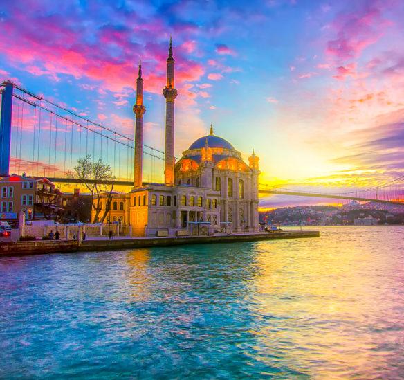 برنامج سياحي في اسطنبول لمدة اسبوع - أنوثة