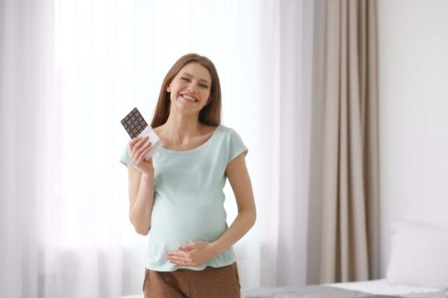 للحامل... هذا ما يحمله لك حلم الشوكولاته من تفسيرات! - أنوثة ...