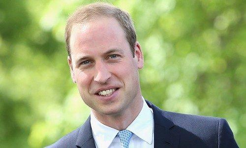 """<p dir=""""RTL""""><strong>الأمير وليام </strong><strong>Prince William</strong></p> <p dir=""""RTL"""">احتل المرتبة العاشرة من بين الرجال الأكثر جاذبية في العالم امير بريطانيا وليام الذي حصل على عدد كبير من المعجبات بسبب وسامته.</p>"""