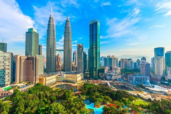 السفر لماليزيا - أنوثة