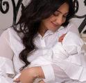 هيفاء حسين وطفلتها- أنوثة