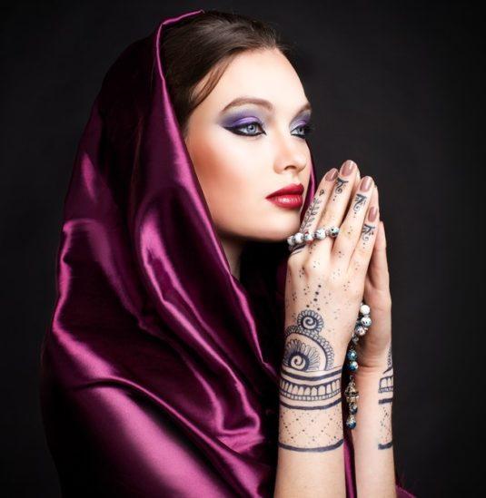 تفقدي في الصور التالية أجمل مكياجات عيد الفطر وإعتمدي ما يعجبك منها