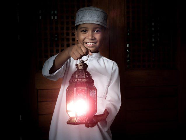 تحضير الطفل لعيد الفطر – أنوثة