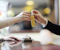 إرشادات مهمة للوقاية من فيروس كورونا في الفنادق!