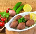 طرق مبتكرة لتزيين صحن الكبة بأساليب شهية ولذيذة