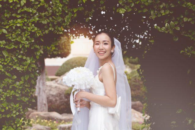 بالصور... فساتين زفاف كورية بلمسة ولا أنعم!