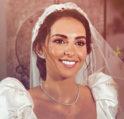 الصور الاولى من زفاف فاليري ابو شقرا… من صمّم فستانها؟