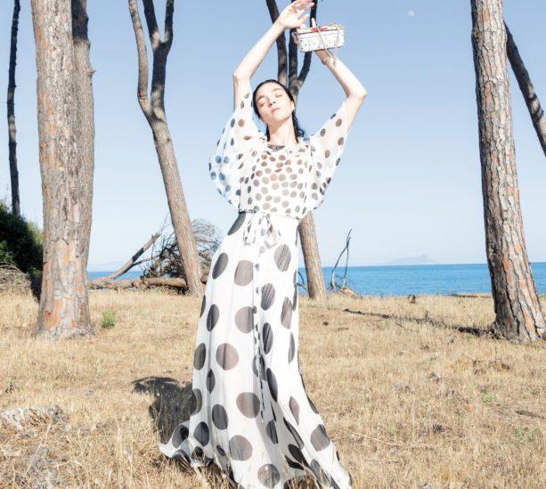 أزياء فالنتينو ريزورت 2021: دعوة للتحرّر!