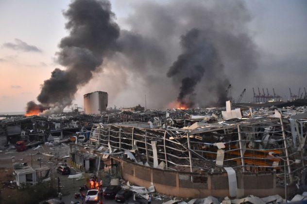 صور وفيديوهات ما بعد انفجار بيروت... دمار طال كلّ الابنية واصابات بالغة للمشاهير