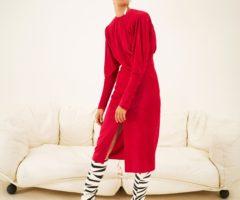 أزياء إيزابيل ماران ريزورت 2021 تعيد موضة الثمانينيات إلى الواجهة!